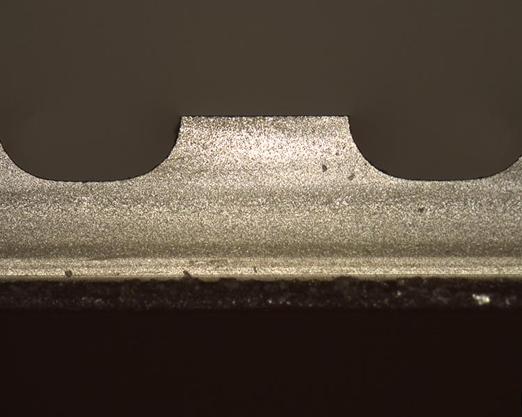 Typische Badewannenstruktur mit HF | Ätztechnik