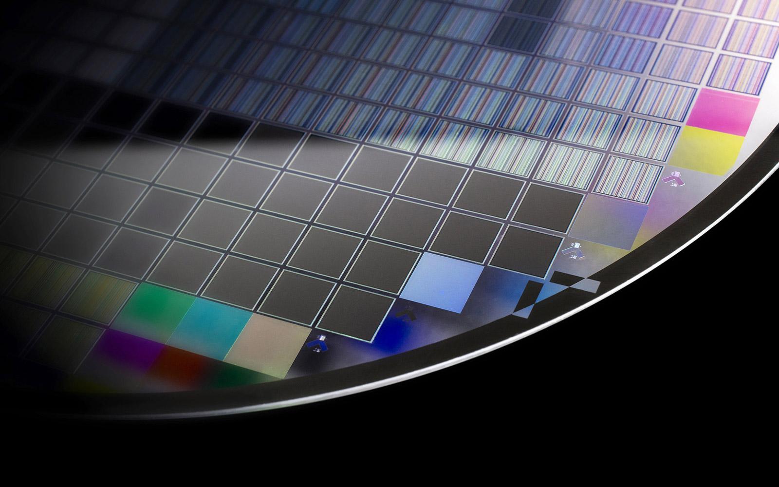 Mikrostrukturierte optische Schichten
