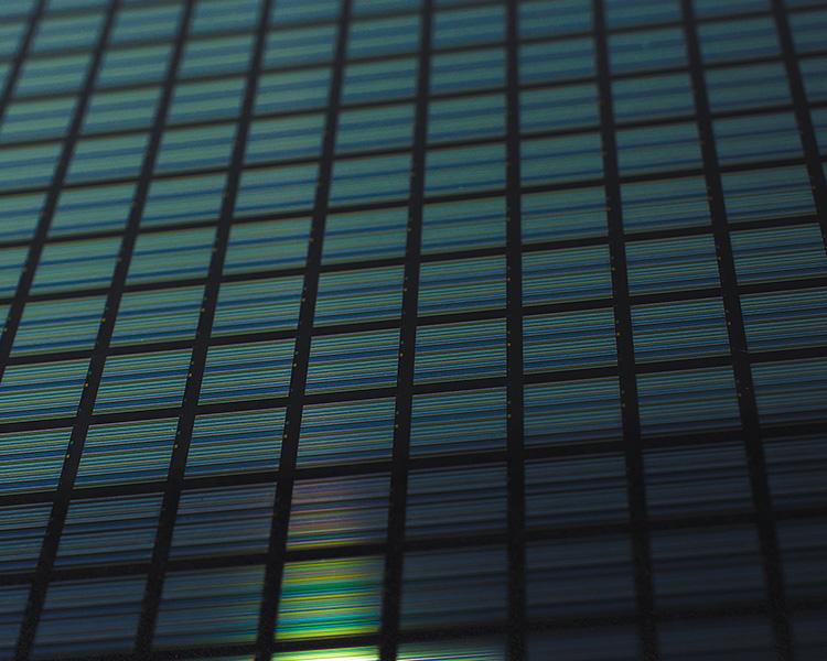 Streifenprojektion – mikrostrukturierter Farbverlaufsfilter zur strukturierten Beleuchtung | Mikrostrukturierte optische Schichten